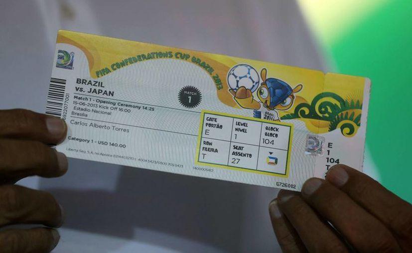 Diseño de los boletos de la Copa Confederaciones, a celebrarse en junio próximo. (EFE)