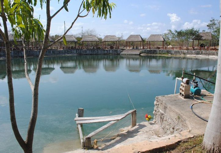 """El cenote """"Los Compadres"""" se localiza en Leona Vicario. (Eric Galindo/SIPSE)"""