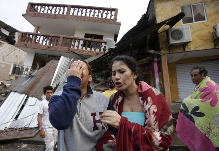 El terremoto registrado el sábado en Ecuador fue el más potente que ha sentido el país desde 1979 y suma hasta el momento 189 réplicas. (AP)