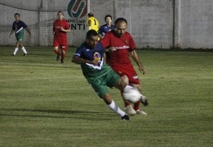 Los goles por parte de los Osos fueron obra de Roger Villanueva, Martín Vicencio, Rolando Lepe y tres más de Manuel Sansores. (Miguel Maldonado/SIPSE)