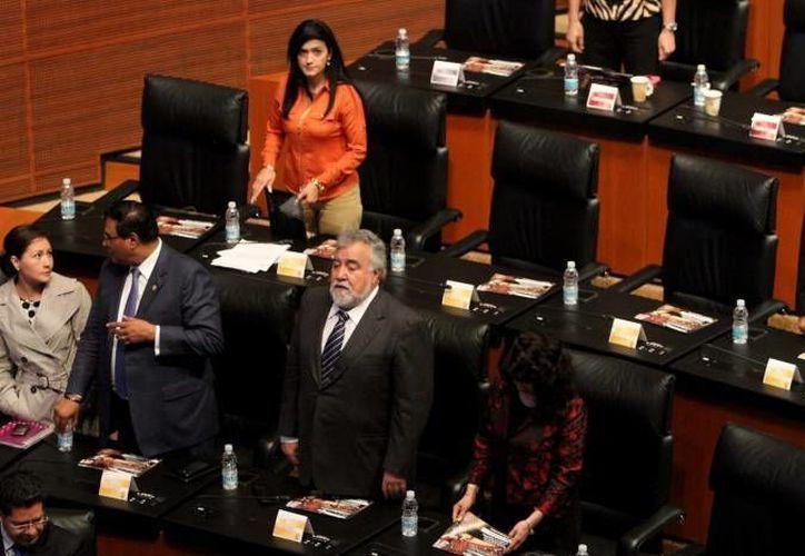 Integrantes del Senado durante la aprobación de la Reforma Fiscal, que podría derivar en un alza en productos. (Notimex)