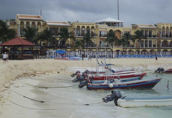 Los arenales tienden a desaparecer bajo el agua. (Adrián Barreto/SIPSE)