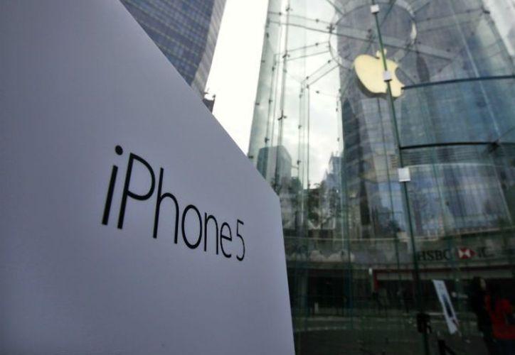 Con el lanzamiento del iPhone 5 en más territorios al final de 2012, incluido China, Apple podría tener un cuarto trimestre más fuerte. (Agencias)