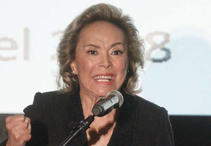 La maestra Gordillo Morales, quien llegó a la dirigencia del sindicato de profesores de México en abril de 1989, fue una aliada de gobiernos priistas e incluso de los panistas Vicente Fox y Felipe Calderón. (Cuarto Oscuro)