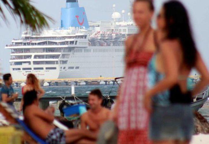 Los cruceros Pullmantur con la ruta Costa Maya generaron un 75% de ocupación, cuando las expectativas eran del 65%. (Ángel Castilla/SIPSE)