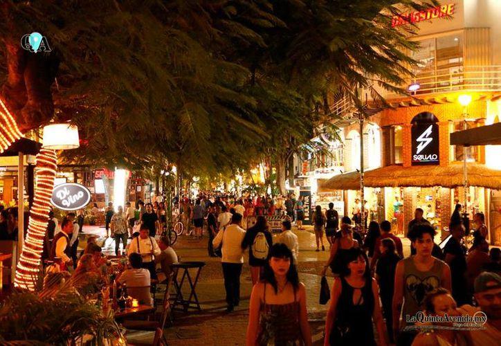 En elecciones pasadas, los negocios de la zona turística han vendido alcohol con alimentos. (Octavio Martínez/SIPSE)