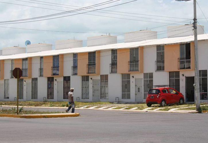 El propietario no puede dar una propiedad en renta hasta que no tenga cumplido el total del pago al Infonavit. (Jorge Carrillo/SIPSE)