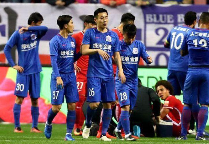 En China las sanciones a jugadores son más estrictas. (Récord)