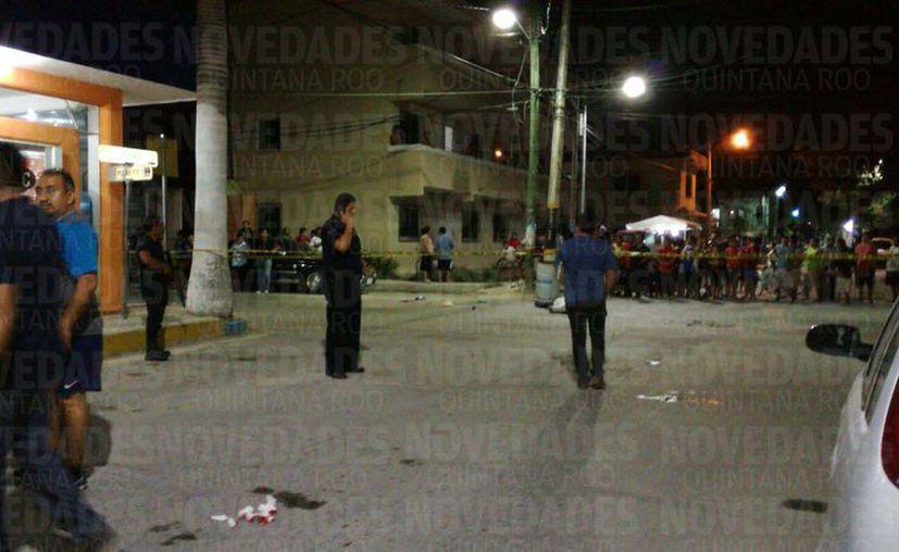 Elementos de la Policía Municipal acudieron a atender el reporte de disparos. (Sara Cauich/SIPSE)