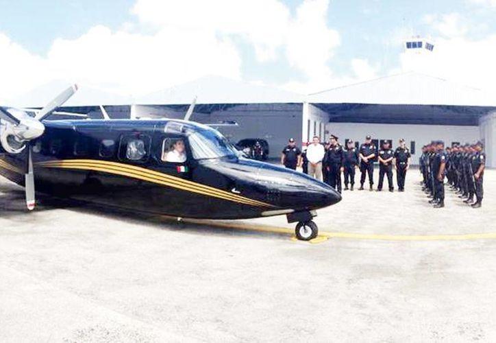 La última adquisición de vehículos aéreos fue la avioneta Cessna 206-G Turbo de seis plazas, en 2009, que el Gobierno Federal entregó al Gobierno local como parte de las estrategias de mejora de la seguridad. Imagen de contexto de una aeronave oficial. (Milenio Novedades)