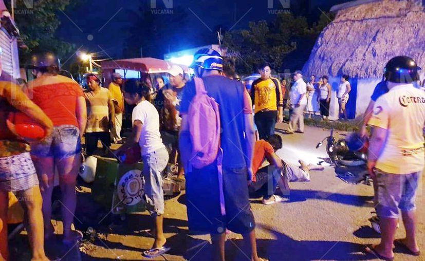 El joven motociclista fue trasladado a un hospital de Mérida, pero no se le pudo salvar la vida. (Novedades Yucatán)