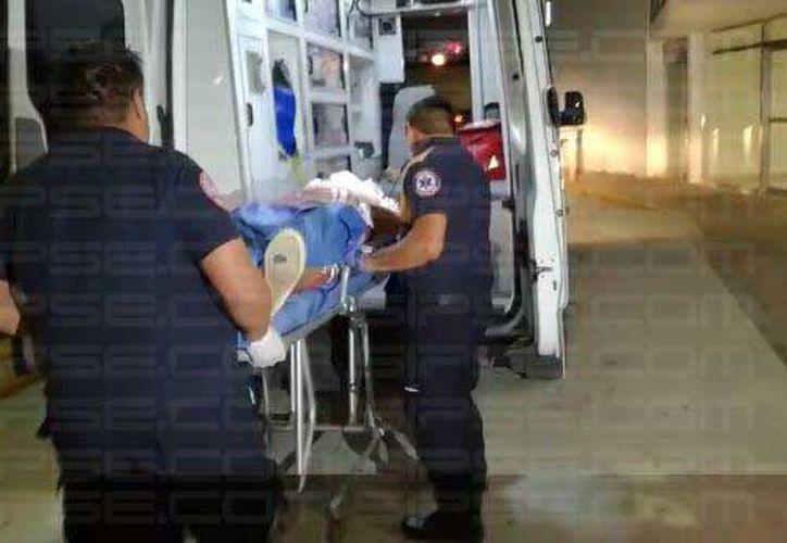 El lesionado, presuntamente tenía dos disparos de arma de fuego. (Foto: Irelis Leal)