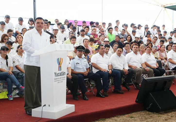El jefe del Ejecutivo estatal, Rolando Zapata, anuncia la instauración del plan antidelito. (Milenio Novedades)