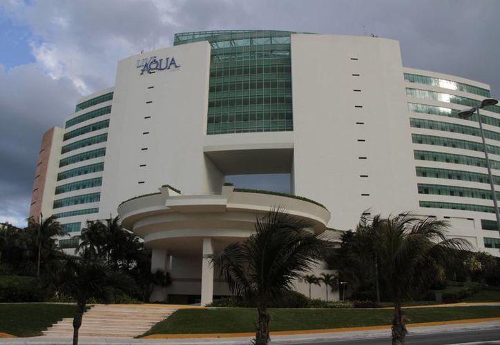 En la Zona Hotelera la mayoría de los hoteles cuenta con sus propias plantas desalinizadoras y pozos autorizados por la Conagua. (Tomás Álvarez/SIPSE)
