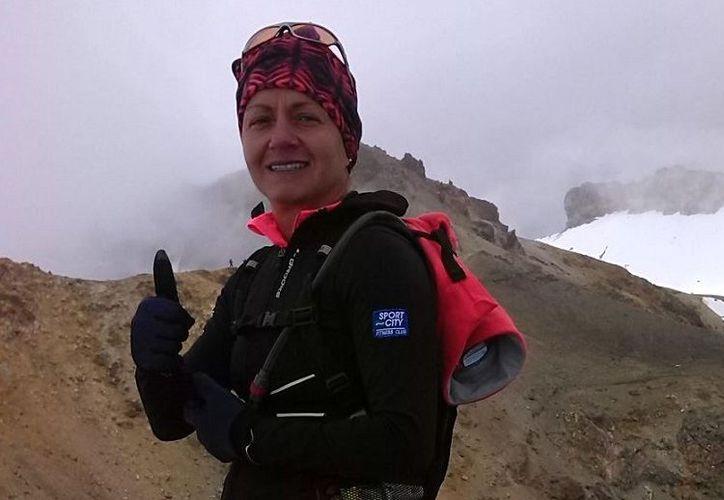 Lorea Olvera se convirtió en la primera mujer en hacer cuatro ultramaratones en 12 meses. (Vivir es un deporte)
