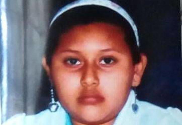 Esta es la jovencita de 14 años, hija de  María Rosalía Pool Be, desaparecida desde el martes pasado en Progreso. (Foto: cortesía)