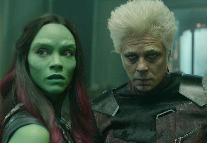 Benicio del Toro y Zoe Saldaña en una escena de Guardians of the Galaxy, una de las favoritas en los MTV Movie Awards. (foto tomada de businessinsider.com.au)