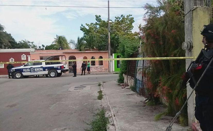 El asesinato se registró en un domicilio de la Región 233, la tarde del pasado lunes. (Eric Galindo/SIPSE)