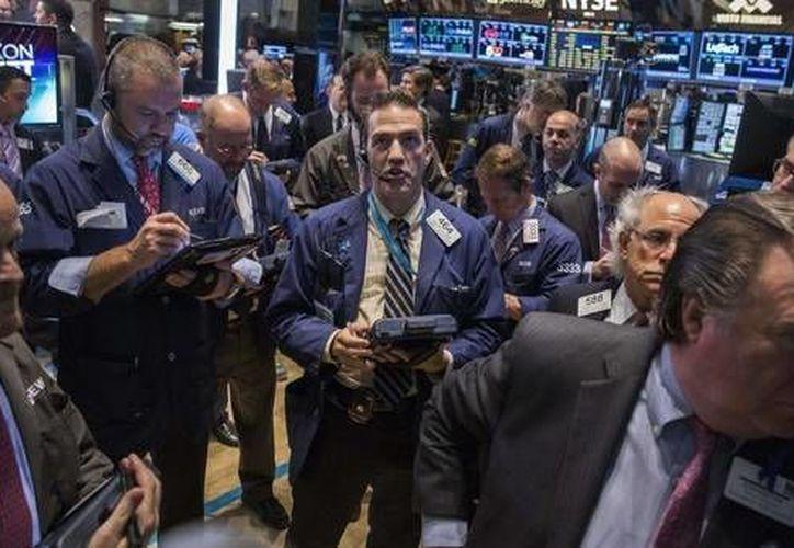 Grecia trata de evitar con la UE y el FMI el colapso financiero. (Archivo/Reuters)