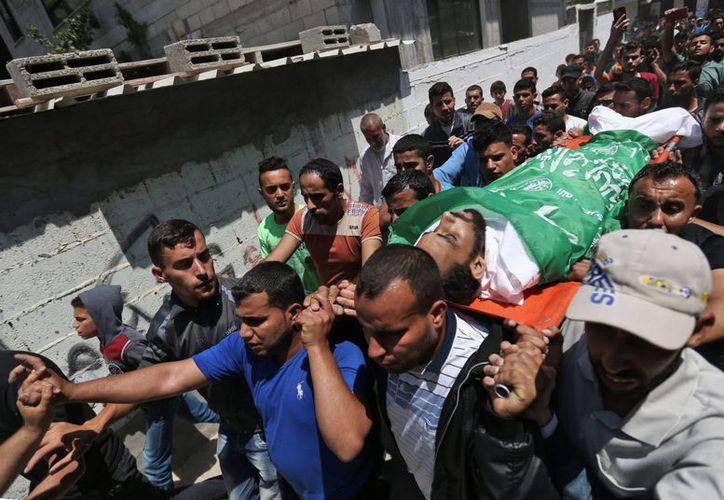 Las protestas, recrudecidas por la apertura de la embajada de EU, han dejado 114 muertos en siete semanas. (AFP)