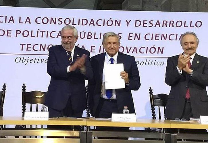El rector de la UNAM entregó un proyecto al presidente electo. (Internet)