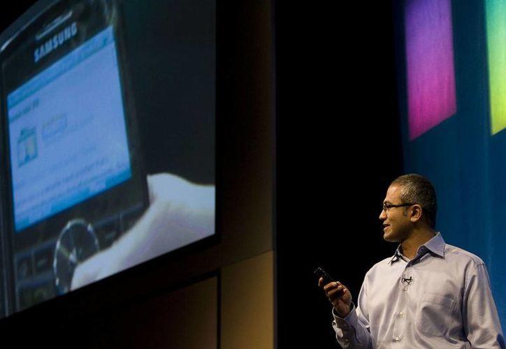 Satya Nadella (foto) suplirá a Steve Ballmer quien anunció su retiro de Microsoft. (Agencias)