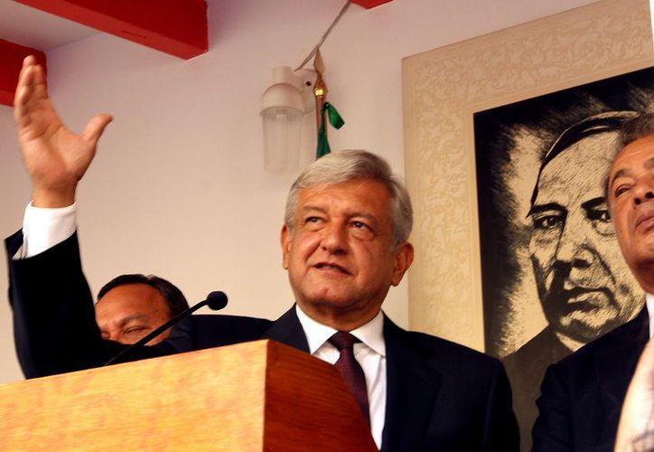 Trabajadores solicitan a Peña Nieto que tome en cuenta la 'traición' de Urrutia por apoyar a AMLO. (Archivo/Notimex)