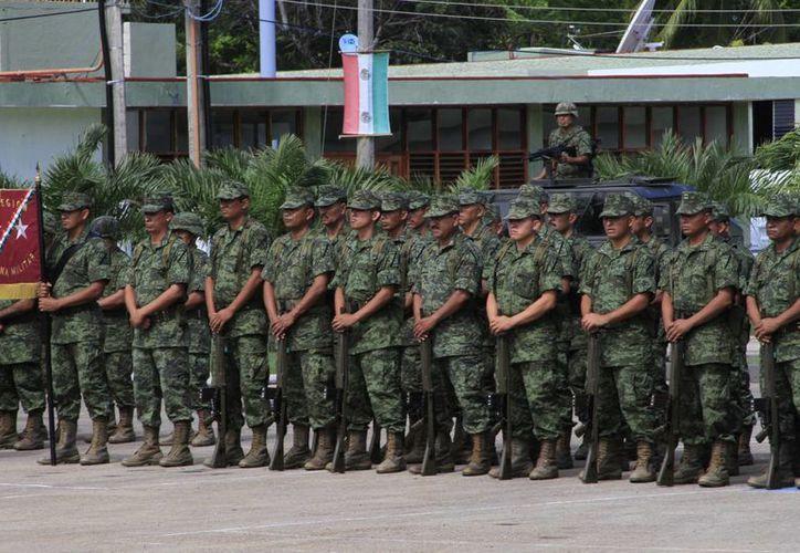 Elementos del Ejército Mexicano se encuentran listos ante cualquier contingencia. (Ángel Castilla/SIPSE)