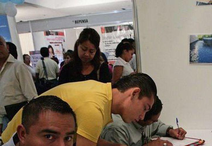 Durante la Séptima Feria del Empleo, empresas de Playa del Carmen ofrecerán 2 mil 700 vacantes laborales.  (Redacción/SIPSE)
