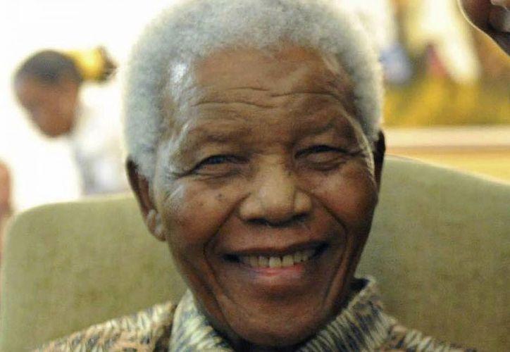 Aseguran que Mandela se encuentra bien de salud. (Agencias)
