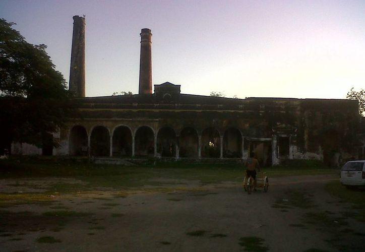 Fachada de la exhacienda de Lepán, ubicada a casi una hora de Mérida. (Jorge Moreno/SIPSE)