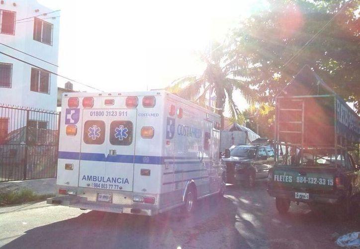 Al sitio arribaron elementos de seguridad y paramédicos. (Redacción/SIPSE)