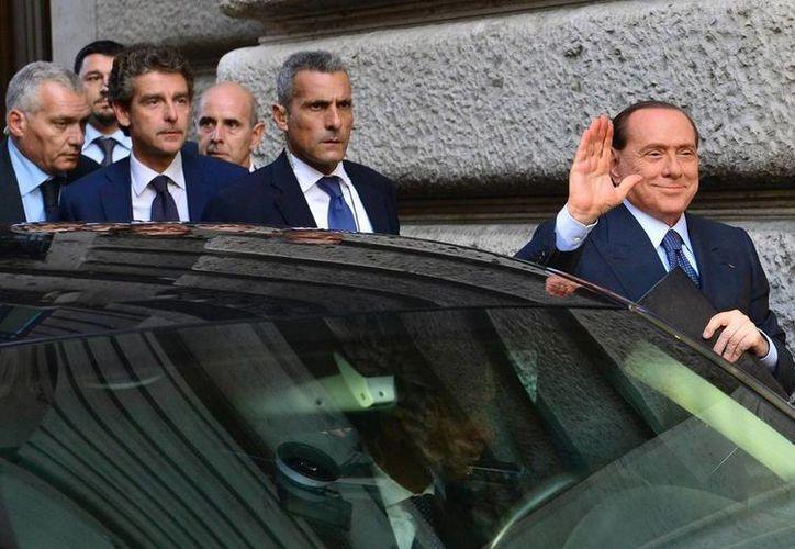 Silvio Berlusconi tuvo una semana agitada y todavía está en mira de los senadores que quieren expulsarlo de la Cámara alta. (Archivo/EFE)