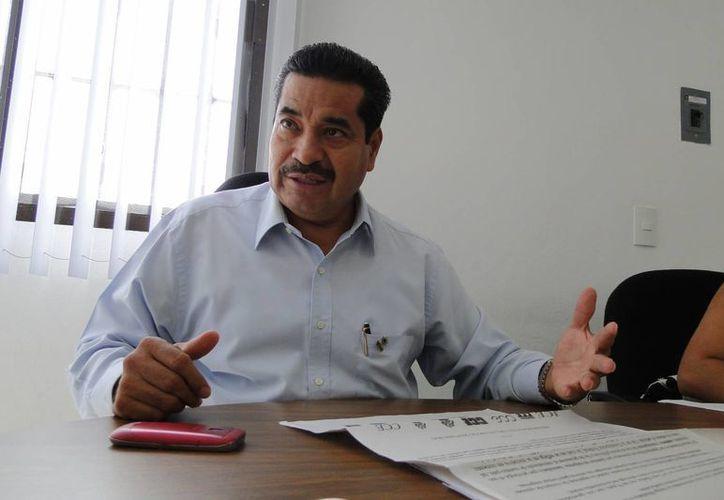 Pablo Gutiérrez Laguna, presidente del Colegio de Contadores Públicos. (Israel Leal/SIPSE)