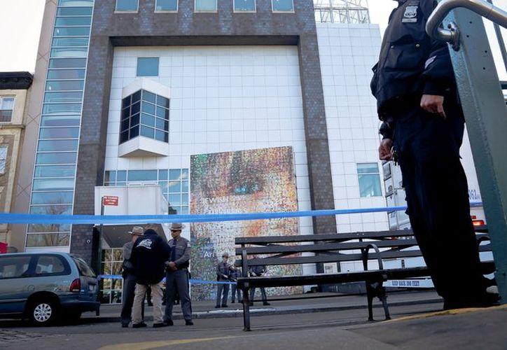 Las autoridades de NY aseguran tomar en serio cualquier amenaza de bomba. (AP/Bebeto Matthews)