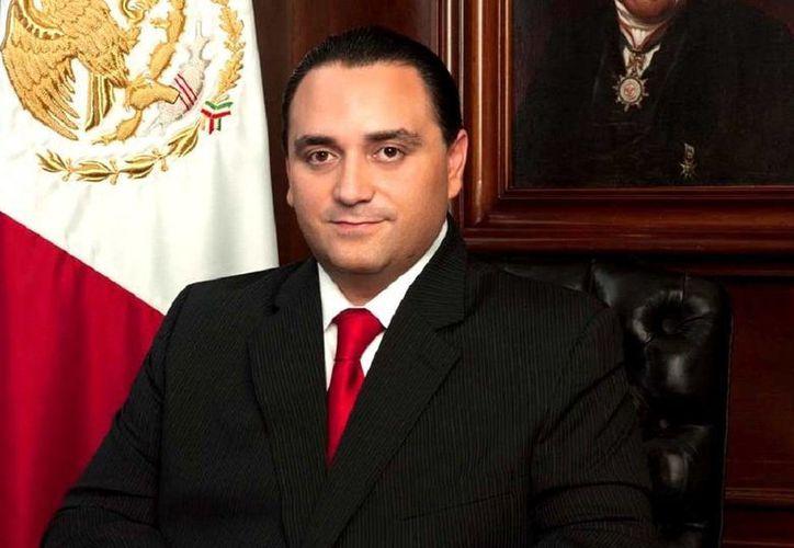 """Roberto Borge reconoce la coordinada acción para detener a """"El Chapo"""" Guzmán en  Mazatlán, Sinaloa."""