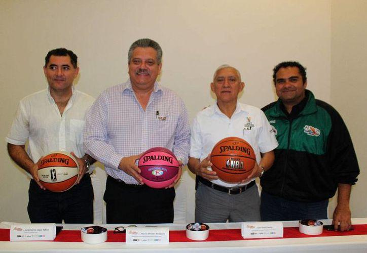 Se pretende que la Copa Yucatán de baloncesto cuente con escuadras de EU y Puerto Rico, y que sirva para observar a los mejores deportistas yucatecos de cara a eventos nacionales como la Olimpiada. (SIPSE)