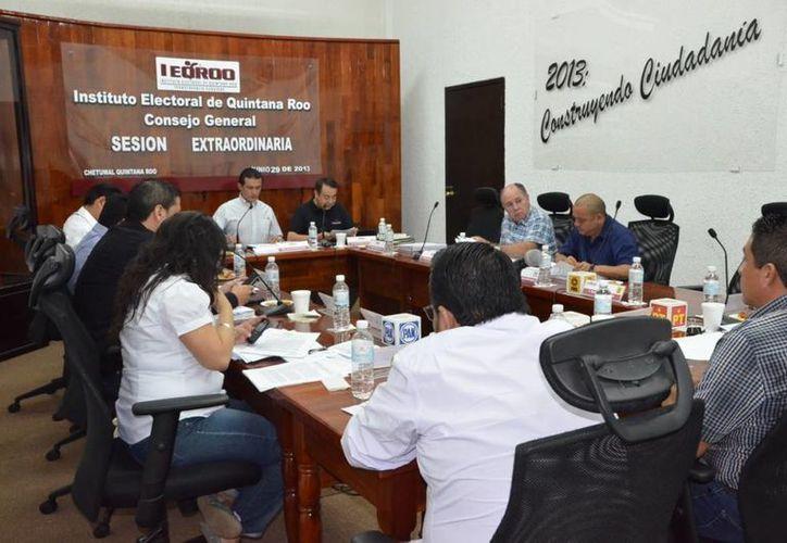 Sesión del Instituto Electoral de Quintana Roo. (Redacción/SIPSE)