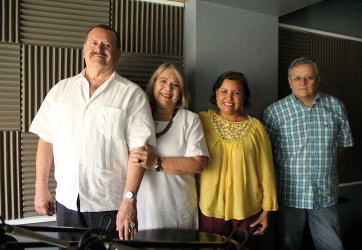 """Conductores e invitados del programa """"Salvemos una Vida"""". (SIPSE)"""