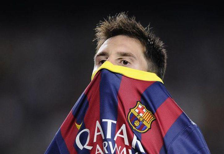 Más tardó el equipo del candidato al Congreso de Colombia, Jorge Casalins, en subir la foto de Messi (foto) a la red que bajarla, ante la presión de los indignados internautas. (Agencias)