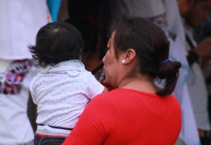 En ocasiones, la mujer que es víctima de violencia traslada el mismo patrón hacia sus hijos, indican expertos. La imagen se utiliza con fines estrictamente referenciales. (SIPSE)