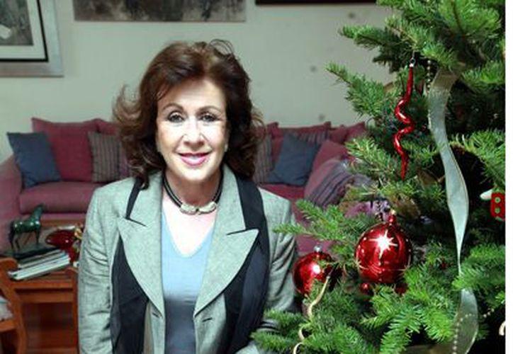 Laura Zapata es buena anfitriona en Navidad. (Agencia Reforma)