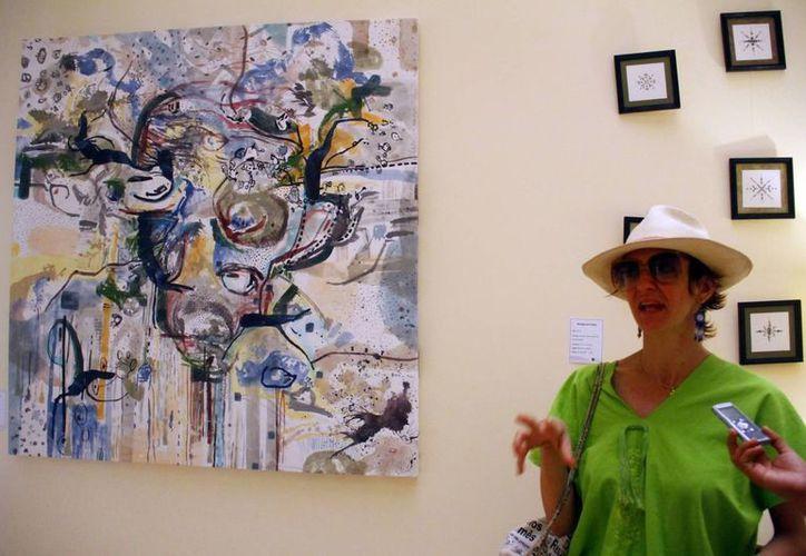 La muestra de la pintora italiana está abierta desde el 3 de marzo y estará expuesta todo el mes en los pasillos del Yucatán Country Club. (Milenio Novedades)