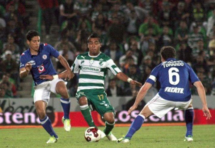 Ambos equipos mostraron un buen futbol, digno de una etapa final. (Notimex)