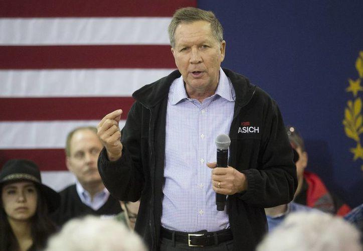 John Kasich es visto por el influyente The New York Times como uno de los posibles contendientes por la Casa Blanca contra Hillary Clinton. (AP)