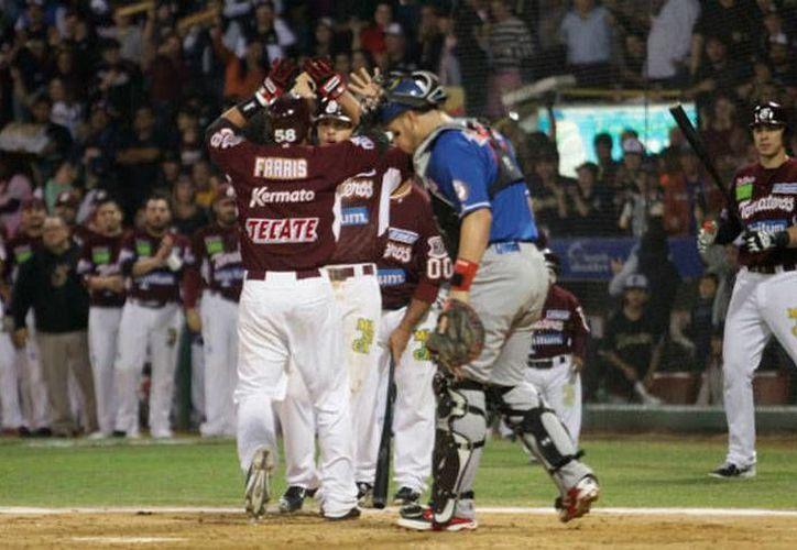 Tomateros de Culiacán ganó la serie final de la Liga Mexicana del Pacífico. La imagen corresponde al partido del domingo 25 de enero y está utilizada como contexto. (Archivo/tomateros.com.mx)
