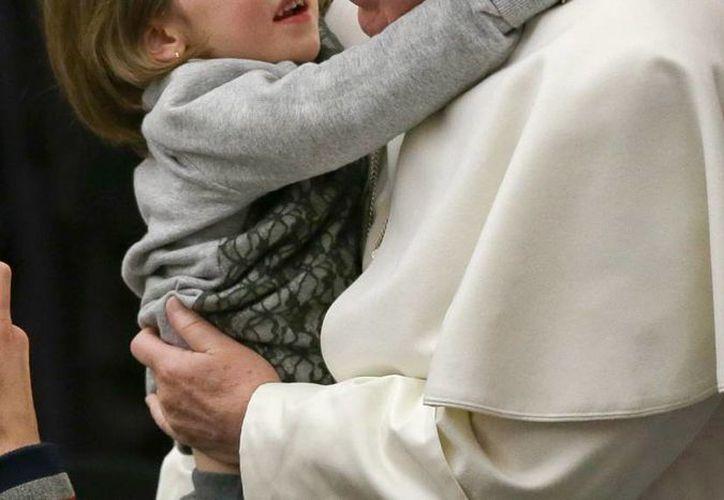 Una indigente dio luz a poca distancia del Vaticano. Un representante del Papa Francisco le ofreció ayuda. La imagen es de contexto. (AP)