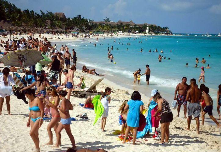 Un millón 201 959 visitantes que llegaron a la Riviera eran originarios de Estados Unidos. (Cortesía/SIPSE)