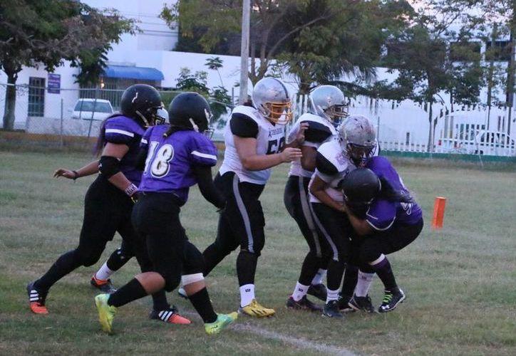 Black Mambas pasa a la gran final del campeonato del deporte de las tackleadas. (Raúl Caballero/SIPSE)