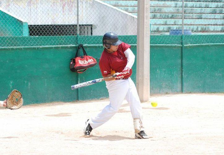 Inicia el II Campeonato Internacional de Sóftbol Fast Pich Cancún. (Raúl Caballero/SIPSE)